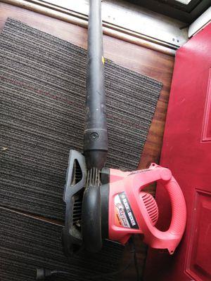 BLACK & DECKER 230 MPH LEAF/VAC BLOWER for Sale in Nashville, TN