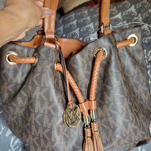 Michael KORS Tote Bag for Sale in Fort Lauderdale, FL