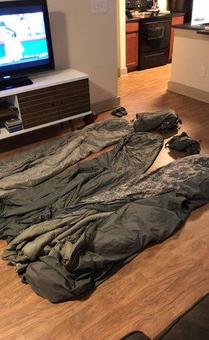 Authentic military issue sleeping bags with storage bags. for Sale in Atlanta, GA