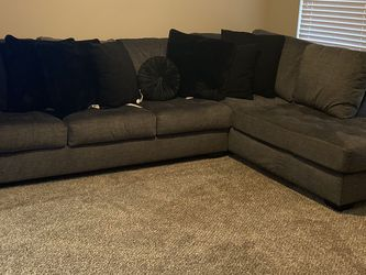 Grey Couch for Sale in Fort Worth,  TX