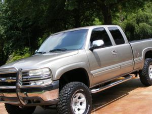 Price$1OOO Silverado 2000 for Sale in Coppell, TX