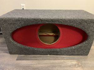 "JL audio 10"" sub box barely used for Sale in Aldie, VA"