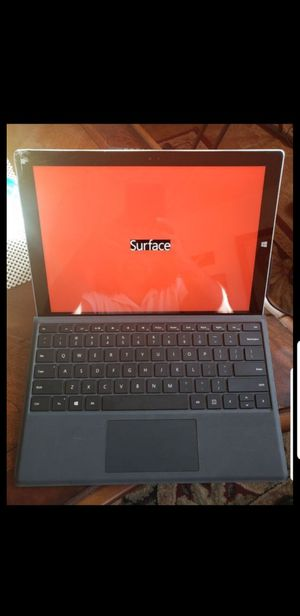 Surface Pro 3 Intel i7 CPU 8GB 512GB WiFi Tablet 12inch (Has Broken Screen). Turns on screen is cracked for Sale in San Diego, CA
