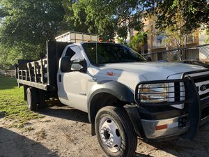 Ford f450 2005 6.0 y Toyota Yaris 2014 . Trade for pick up truck for Sale in Hialeah, FL