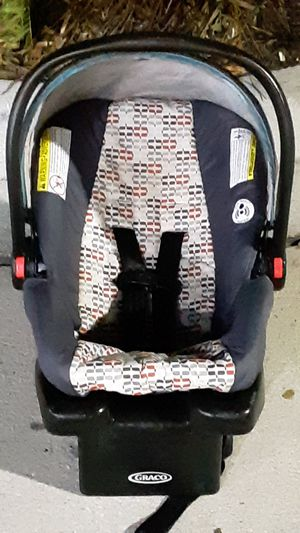 Graco Snugride 30 Click Connect Car Seat for Sale in Ponte Vedra Beach, FL