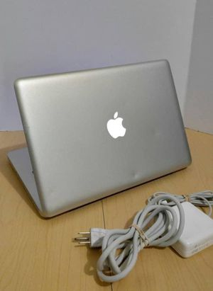 2012 Apple MacBook Air laptop • Core i5 • 11.6 inches • 128SSD • 8GB • macOSX Catalina 10.15.5 • Battery for Sale in Seattle, WA