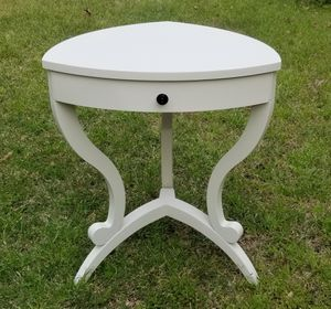 Make Offer! Unique Bombay Nightstand/End Table for Sale in Lake View, AL