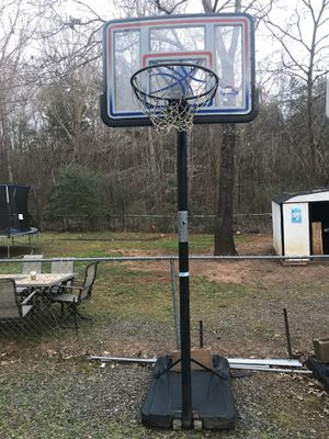 Basketball hoop for Sale in Mint Hill, NC