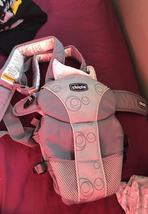 Chicco baby carrier for Sale in Cambridge, MA