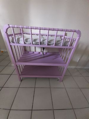 Purple changing table for Sale in Margate, FL