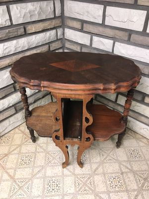 Antique Side Table for Sale in Secaucus, NJ