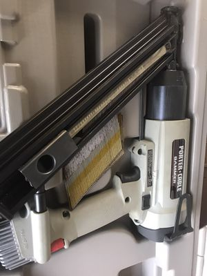 Large HD nail gun with case used very little like new for Sale in Plant City, FL