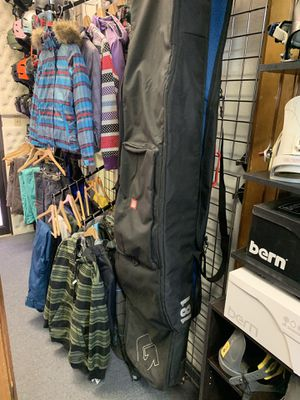 Burton Roller 181 travel snowboard bag for Sale in Las Vegas, NV