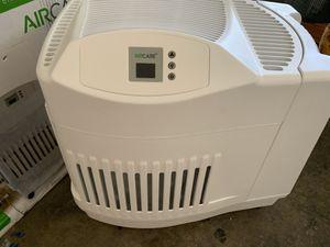 Aircare 2.5 gallon humidifier like new excellent condition unused in original box for Sale in Las Vegas, NV