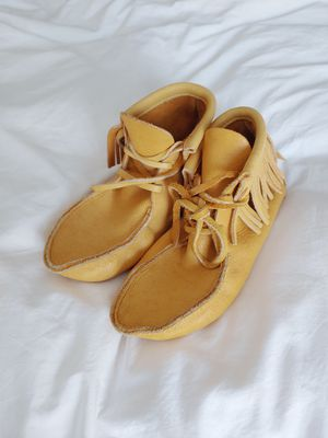 Moose Leather Moccasins size 7 for Sale in Yacolt, WA