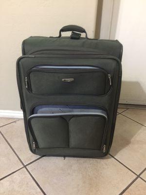 large suitcase excellent condition for Sale in Glendale, AZ