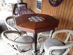 Pub table & 4 chairs for Sale in Westville, OK