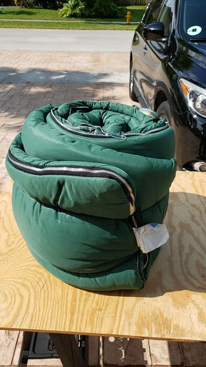 Hollofil 808 adult sleeping bag for Sale in Fort Lauderdale, FL