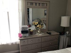 Bedroom Set for Sale in Tampa, FL
