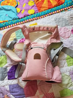 Baby carrier for Sale in Omaha, NE