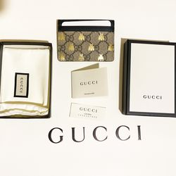 Brand New Gucci GG Supreme Bees Card Case for Sale in Seattle,  WA
