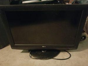 32 inch LG flat screen for Sale in Kennewick, WA