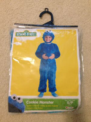 Cookie Monster costume (2T) for Sale in Grafton, MA