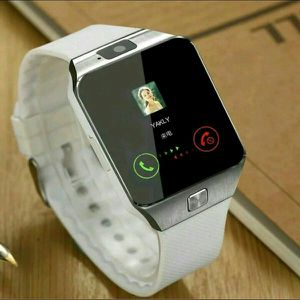 BRAND NEW SMARTWATCH WITH CAMERA TOUCHSCREEN GLOBAL UNLOCKED DESBLOQUEADO for Sale in New York, NY