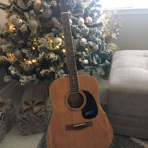 Mitchell Acoustic Guitar for Sale in Fort Myers, FL