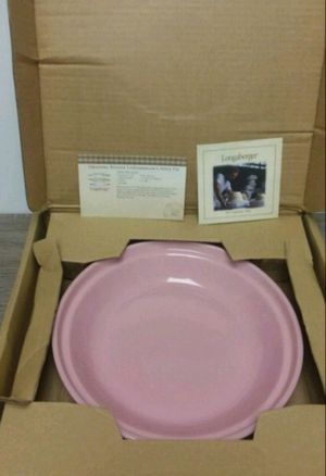 Longaberger Pottery woven traditions Grandma Bonnie pie plate pink new in box for Sale in Wilkes-Barre, PA