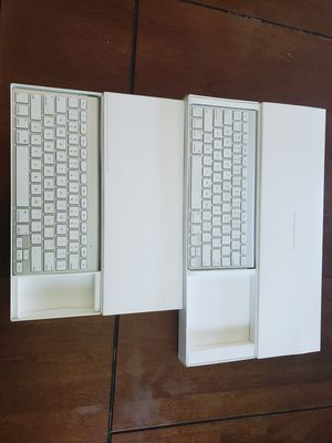 Apple A1314 Wireless Keyboards for Sale in Cottage Grove, MN
