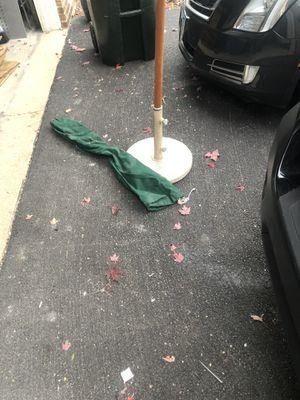 Patio umbrella for Sale in Inverness, IL