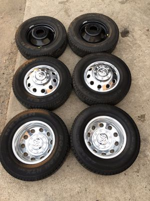 Like new Dodge Ram Dually Rims And Tires 3500 Wheels Dualli Dualy Rines y Llantas Oem factory's factory original Take offs off takeoffs pull pulloffs for Sale in Dallas, TX