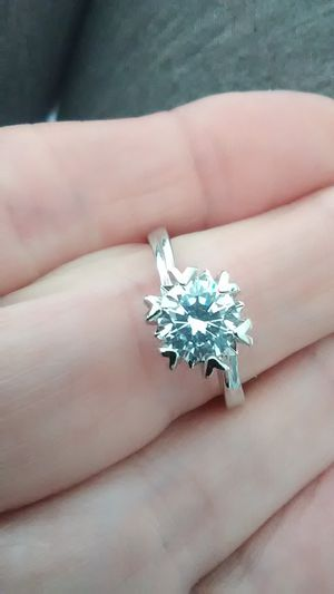 $175 Sz7, Diamond engagement ring for Sale in Lombard, IL