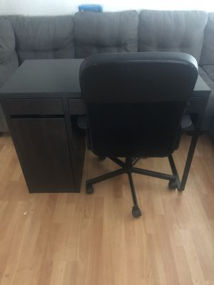 IKEA desk with chair $125 for Sale in Richmond, CA