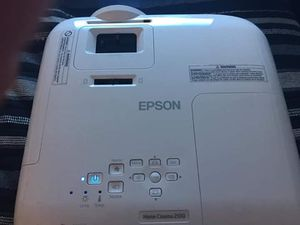 Epson 2100 projector for Sale in Holland, MI