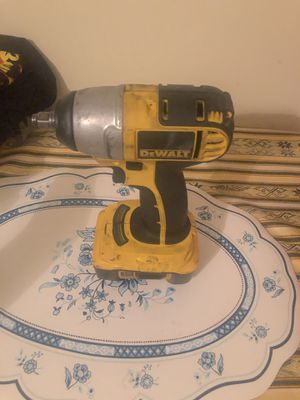 Dewalt impact with battery for Sale in Pompano Beach, FL
