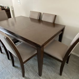 Dining Table And Chairs for Sale in San Diego, CA