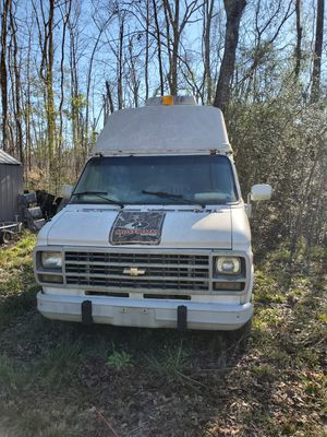 FOR SALE CHEVY G20 VAN for Sale in White Oak, GA