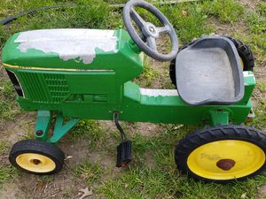 John Deere pedal tractor for Sale in Trenton, NJ