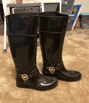 MK brown rain boots for Sale in Denton, TX