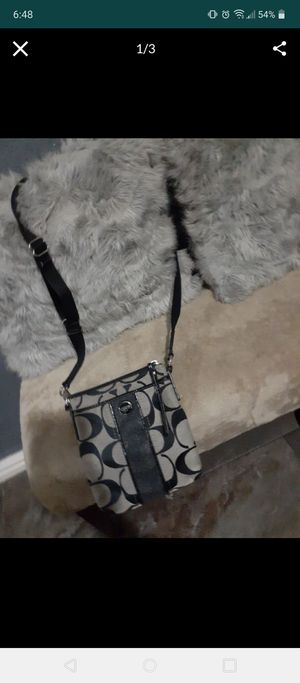 Authentic coach crossbody bag hardly used for Sale in Houston, TX