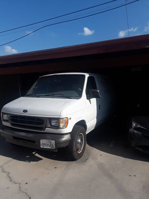 Ford econoline 350 motor gasolina for Sale in Los Angeles, CA