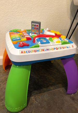 Fisher Price laugh and learn play set for standing for Sale in Snohomish, WA