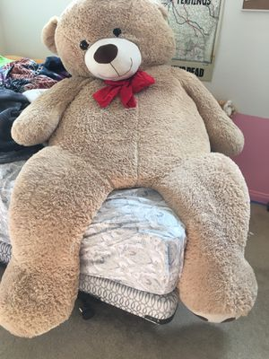 HUGE teddy bear for Sale in Norco, CA