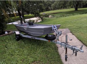 12 ft Jon boat with trailer for Sale in FL, US
