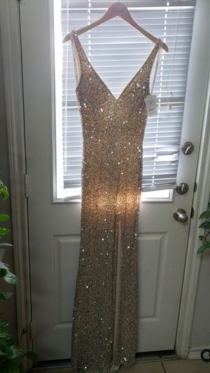 CAMILLE Prom dress brand new for Sale in Humble, TX