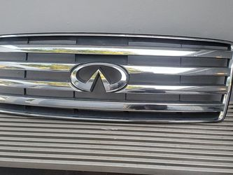 04 05 06 07 INFINITI QX56 FRONT Hood GRILLE GRILL OEM Original 2004-2007 for Sale in Fort Lauderdale,  FL