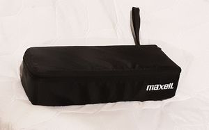 MAXELL CASETTE TAPE carrying case with casettes ! Zips up ! Excellent ! for Sale in Saginaw, MI