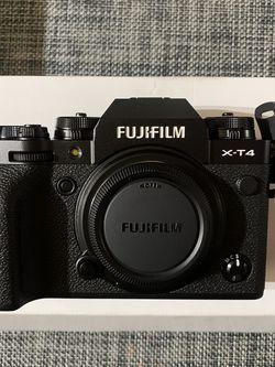 FujiFilm X-t4 for Sale in Artesia,  CA